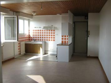 Appartement Montreuil Juigne &bull; <span class='offer-area-number'>30</span> m² environ &bull; <span class='offer-rooms-number'>1</span> pièce