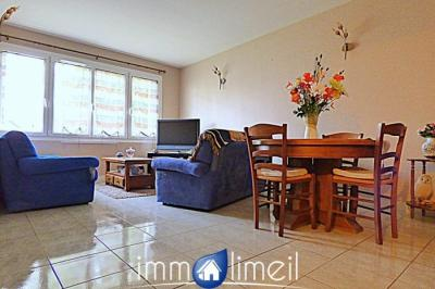 Appartement Limeil Brevannes &bull; <span class='offer-area-number'>64</span> m² environ &bull; <span class='offer-rooms-number'>3</span> pièces