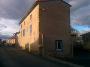 Maison Glaine Montaigut &bull; <span class='offer-area-number'>120</span> m² environ &bull; <span class='offer-rooms-number'>4</span> pièces