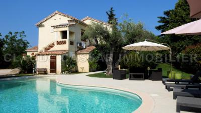 Maison La Gaude &bull; <span class='offer-area-number'>161</span> m² environ &bull; <span class='offer-rooms-number'>6</span> pièces