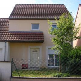 Villa Quetigny &bull; <span class='offer-area-number'>97</span> m² environ &bull; <span class='offer-rooms-number'>5</span> pièces