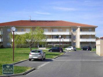 Appartement St Esteve &bull; <span class='offer-area-number'>51</span> m² environ &bull; <span class='offer-rooms-number'>2</span> pièces