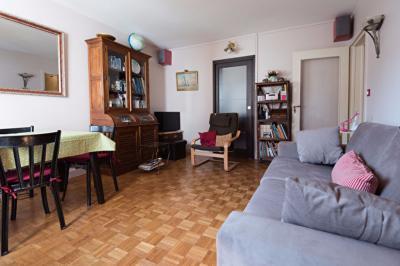 Appartement Paris 13 &bull; <span class='offer-area-number'>43</span> m² environ &bull; <span class='offer-rooms-number'>2</span> pièces