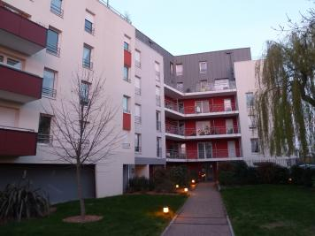Appartement Angers &bull; <span class='offer-area-number'>66</span> m² environ &bull; <span class='offer-rooms-number'>3</span> pièces