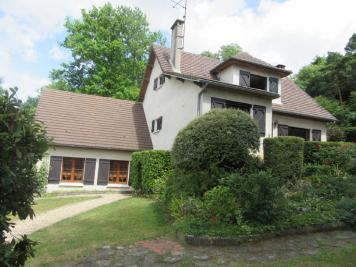 Maison St Sauveur &bull; <span class='offer-area-number'>189</span> m² environ &bull; <span class='offer-rooms-number'>8</span> pièces