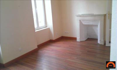 Appartement Luc sur Mer &bull; <span class='offer-area-number'>27</span> m² environ &bull; <span class='offer-rooms-number'>2</span> pièces