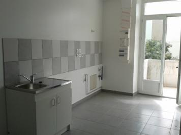 Appartement La Ricamarie &bull; <span class='offer-area-number'>36</span> m² environ &bull; <span class='offer-rooms-number'>2</span> pièces