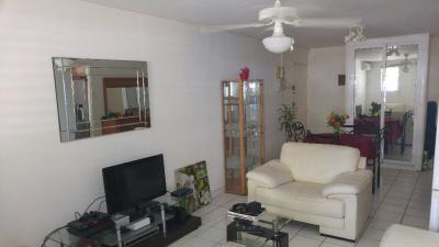 Appartement Le Gosier &bull; <span class='offer-area-number'>67</span> m² environ &bull; <span class='offer-rooms-number'>3</span> pièces
