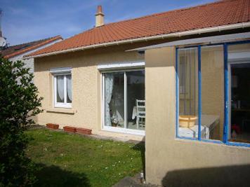 Maison Guerande &bull; <span class='offer-area-number'>70</span> m² environ &bull; <span class='offer-rooms-number'>3</span> pièces
