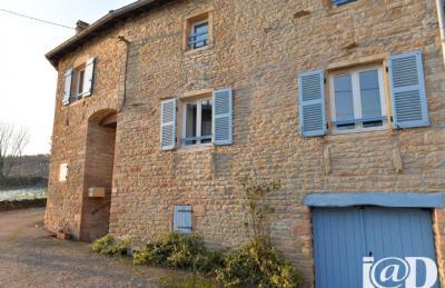 Maison Davaye &bull; <span class='offer-area-number'>215</span> m² environ &bull; <span class='offer-rooms-number'>6</span> pièces