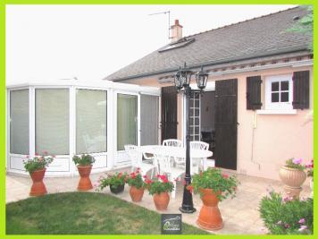 Maison Montreuil Juigne &bull; <span class='offer-area-number'>122</span> m² environ &bull; <span class='offer-rooms-number'>6</span> pièces