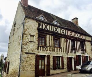Maison Montfort l Amaury &bull; <span class='offer-area-number'>150</span> m² environ &bull; <span class='offer-rooms-number'>6</span> pièces