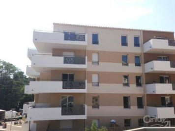 Appartement Marseille 11 &bull; <span class='offer-area-number'>39</span> m² environ &bull; <span class='offer-rooms-number'>2</span> pièces