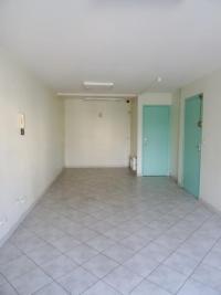 Commerce St Symphorien d Ozon &bull; <span class='offer-rooms-number'>1</span> pièce
