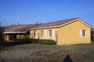 Maison Pontonx sur l Adour &bull; <span class='offer-area-number'>134</span> m² environ &bull; <span class='offer-rooms-number'>6</span> pièces