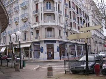 Appartement Vichy &bull; <span class='offer-area-number'>28</span> m² environ &bull; <span class='offer-rooms-number'>1</span> pièce