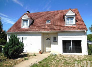 Maison La Ferte Alais &bull; <span class='offer-area-number'>130</span> m² environ &bull; <span class='offer-rooms-number'>7</span> pièces