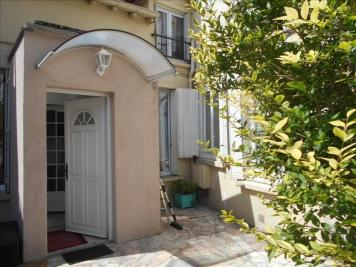 Maison Maisons Laffitte &bull; <span class='offer-area-number'>68</span> m² environ &bull; <span class='offer-rooms-number'>4</span> pièces