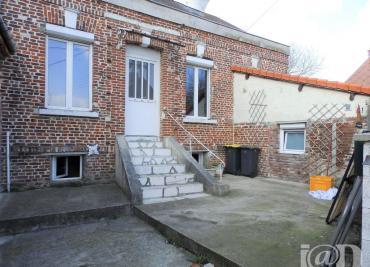 Maison Villers Bretonneux &bull; <span class='offer-area-number'>57</span> m² environ &bull; <span class='offer-rooms-number'>3</span> pièces