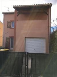 Maison Castelnau D Estretefonds &bull; <span class='offer-area-number'>85</span> m² environ &bull; <span class='offer-rooms-number'>4</span> pièces