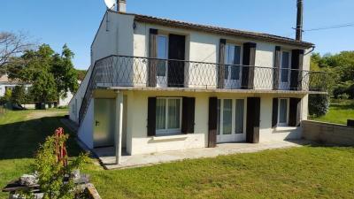 Maison Sablonceaux &bull; <span class='offer-area-number'>152</span> m² environ &bull; <span class='offer-rooms-number'>10</span> pièces