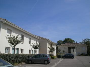 Appartement Villeneuve sur Lot &bull; <span class='offer-area-number'>70</span> m² environ