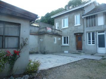Maison La Tour du Pin &bull; <span class='offer-area-number'>102</span> m² environ &bull; <span class='offer-rooms-number'>5</span> pièces