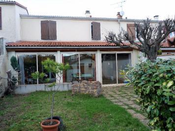Maison Cournon d Auvergne &bull; <span class='offer-area-number'>110</span> m² environ &bull; <span class='offer-rooms-number'>5</span> pièces