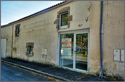 Maison St Laurent sur Sevre &bull; <span class='offer-area-number'>113</span> m² environ &bull; <span class='offer-rooms-number'>5</span> pièces