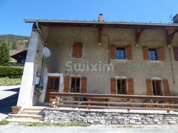 Maison Bellevaux &bull; <span class='offer-area-number'>138</span> m² environ &bull; <span class='offer-rooms-number'>5</span> pièces