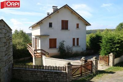 Maison Le Malzieu Ville &bull; <span class='offer-area-number'>100</span> m² environ &bull; <span class='offer-rooms-number'>4</span> pièces