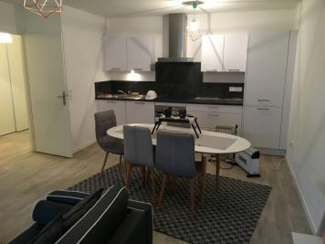 Appartement Reims &bull; <span class='offer-area-number'>58</span> m² environ &bull; <span class='offer-rooms-number'>3</span> pièces