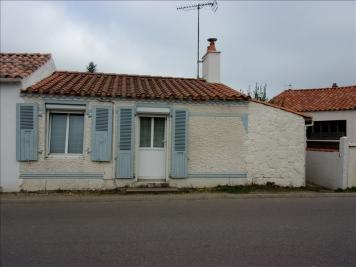 Maison St Hilaire la Foret &bull; <span class='offer-area-number'>38</span> m² environ &bull; <span class='offer-rooms-number'>2</span> pièces