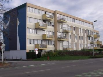 Appartement Val de Reuil &bull; <span class='offer-area-number'>70</span> m² environ &bull; <span class='offer-rooms-number'>3</span> pièces