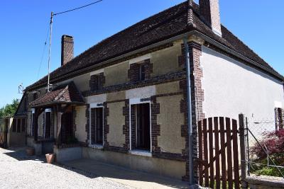 Maison Ervy le Chatel &bull; <span class='offer-area-number'>130</span> m² environ &bull; <span class='offer-rooms-number'>5</span> pièces