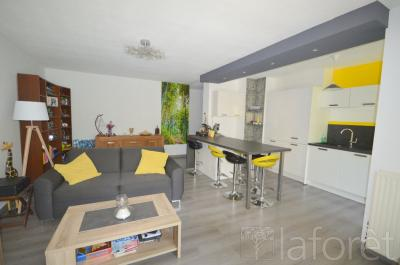 Appartement Montpellier &bull; <span class='offer-area-number'>79</span> m² environ &bull; <span class='offer-rooms-number'>4</span> pièces
