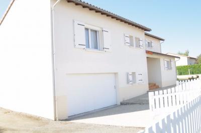 Maison St Laurent de la Plaine &bull; <span class='offer-area-number'>135</span> m² environ &bull; <span class='offer-rooms-number'>5</span> pièces