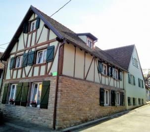 Appartement Truchtersheim &bull; <span class='offer-area-number'>113</span> m² environ &bull; <span class='offer-rooms-number'>4</span> pièces