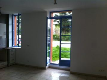 Appartement Portet sur Garonne &bull; <span class='offer-area-number'>40</span> m² environ &bull; <span class='offer-rooms-number'>2</span> pièces