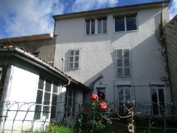 Maison Montrejeau &bull; <span class='offer-area-number'>164</span> m² environ &bull; <span class='offer-rooms-number'>5</span> pièces
