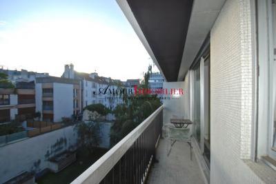 Appartement Paris 16 &bull; <span class='offer-area-number'>30</span> m² environ &bull; <span class='offer-rooms-number'>1</span> pièce