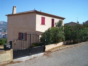 Maison La Seyne sur Mer &bull; <span class='offer-area-number'>131</span> m² environ &bull; <span class='offer-rooms-number'>7</span> pièces