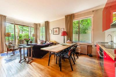 Appartement Neuilly sur Seine &bull; <span class='offer-area-number'>66</span> m² environ &bull; <span class='offer-rooms-number'>3</span> pièces