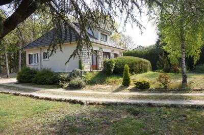 Maison Ouzouer sur Loire &bull; <span class='offer-area-number'>98</span> m² environ &bull; <span class='offer-rooms-number'>4</span> pièces