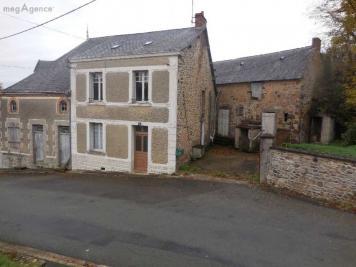Maison Montsurs &bull; <span class='offer-area-number'>198</span> m² environ &bull; <span class='offer-rooms-number'>10</span> pièces
