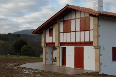 Maison St Pee sur Nivelle &bull; <span class='offer-area-number'>160</span> m² environ &bull; <span class='offer-rooms-number'>5</span> pièces