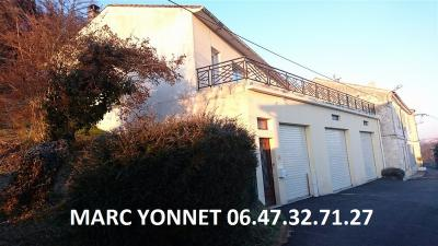 Maison Angouleme &bull; <span class='offer-area-number'>120</span> m² environ &bull; <span class='offer-rooms-number'>5</span> pièces