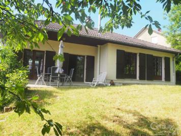 Maison St Julien les Metz &bull; <span class='offer-area-number'>155</span> m² environ &bull; <span class='offer-rooms-number'>6</span> pièces