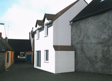 Maison Houdan &bull; <span class='offer-area-number'>75</span> m² environ &bull; <span class='offer-rooms-number'>3</span> pièces