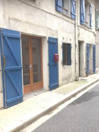 Appartement St Zacharie &bull; <span class='offer-area-number'>30</span> m² environ &bull; <span class='offer-rooms-number'>1</span> pièce